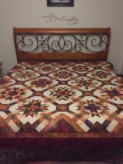 A long time project finally finished and on my bed!